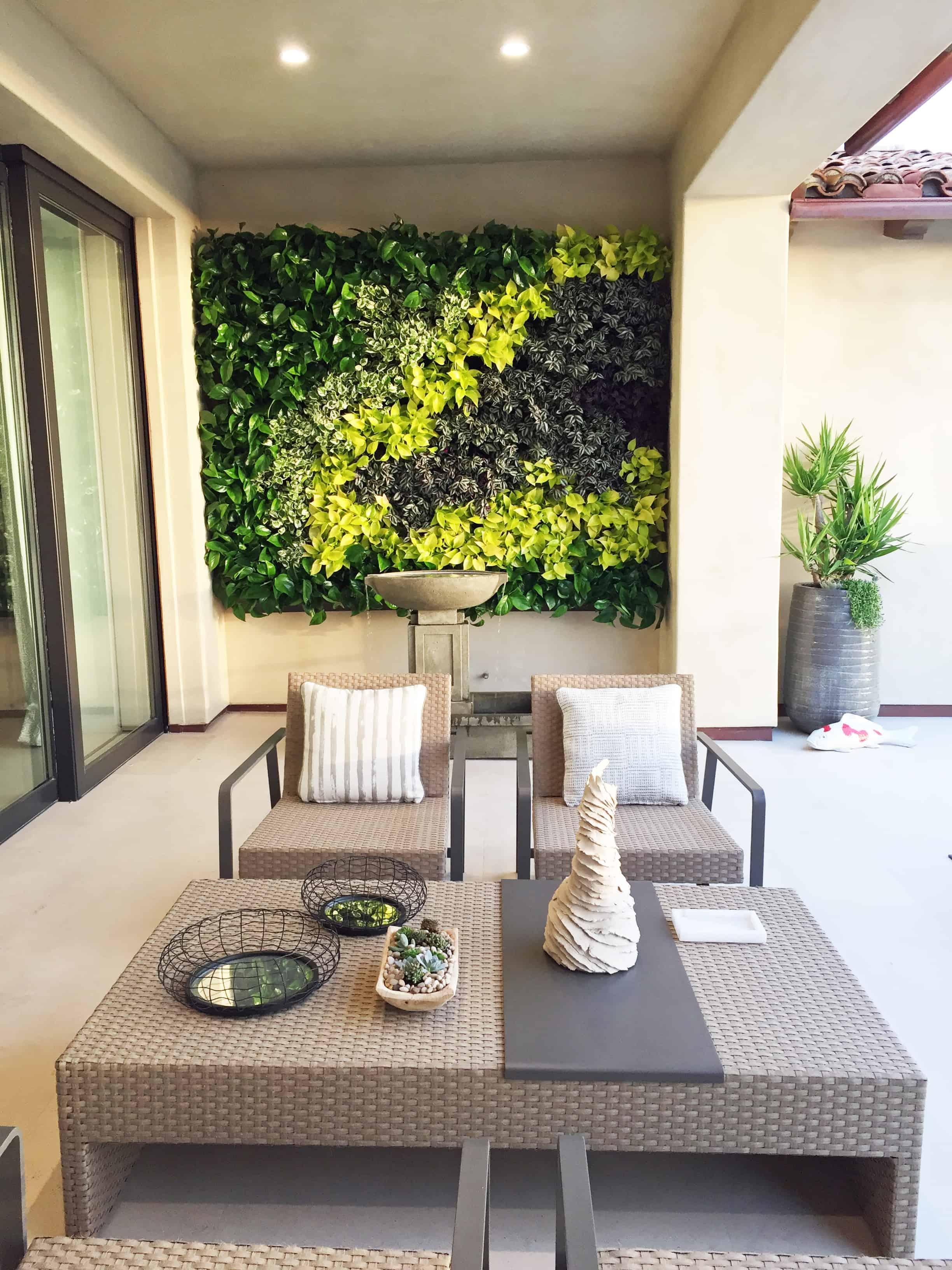 Loggia Living Wall