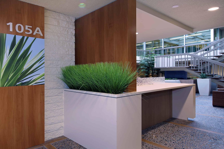 Replica-Grass-in-built-in-planter