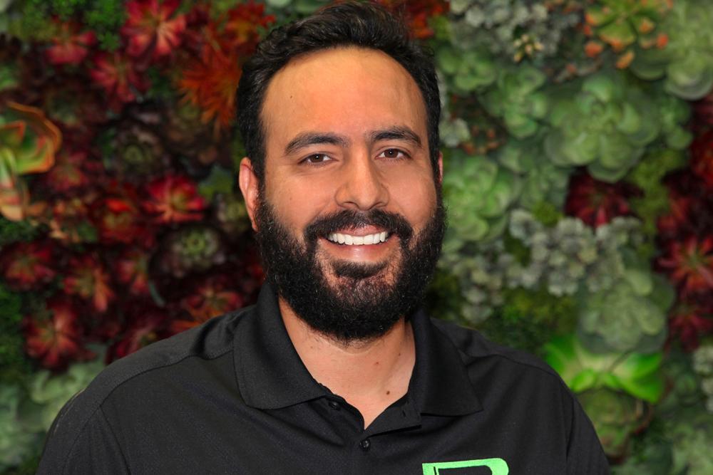 Sergio, Plant technician