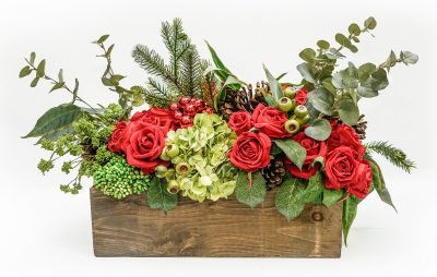 Holiday Centerpiece in Wood Rectangle